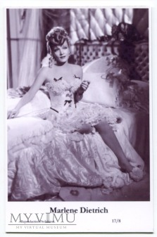 Marlene Dietrich Swiftsure Postcards 17/8