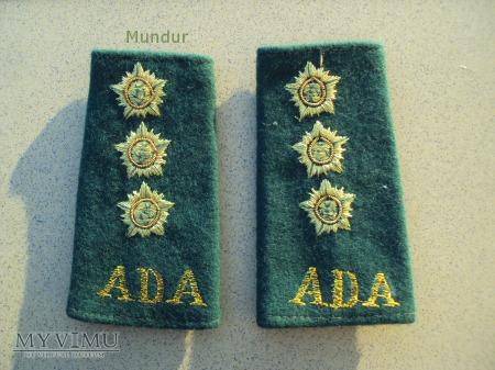 Indyjskie dystynkcje: kapitan ADA