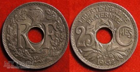 Francja, 25 CMES 1932