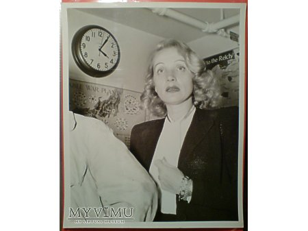 Marlene Dietrich MARLENA Kapitulacja Japonii