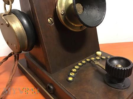Biurkowy domofon z początku XX wieku