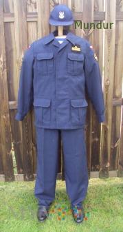 Mundury ćwiczebny oficera MW