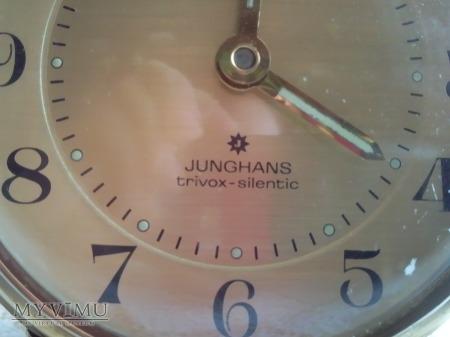 Budzik Junghans