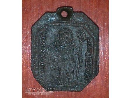 Stary medalik św. Benedykta
