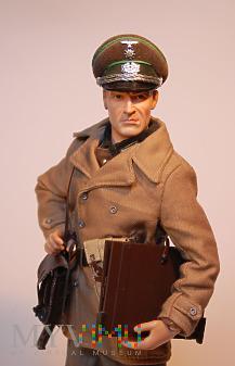 Oficer sztabowy (Oberleutenant) z 1. Gebirgs Div.