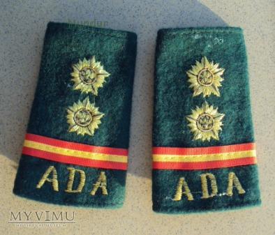 Indyjskie dystynkcje: porucznik ADA