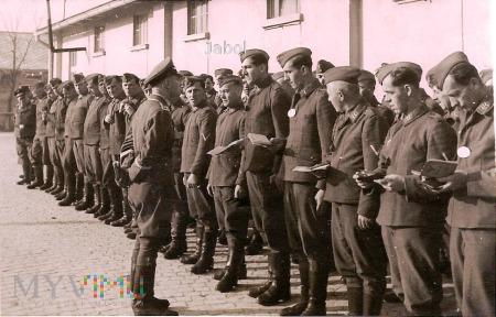 Duże zdjęcie Lotnictwo, Apel - Luftwaffe