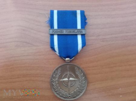 Medal NATO - W służbie pokoju i wolności