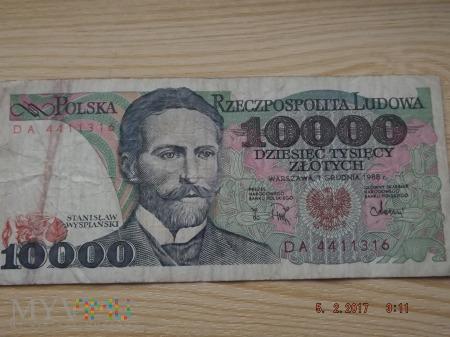 10000 złotych