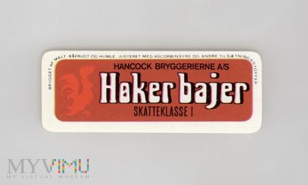 Hancock, Haker bajer
