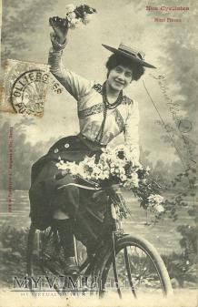Kobieta - na rowerze