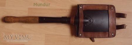 Lopatka piechoty - czarna w skórzanej ramce