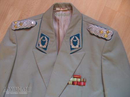Gesellschaftsuniform of. starszego lotnictwa NRD