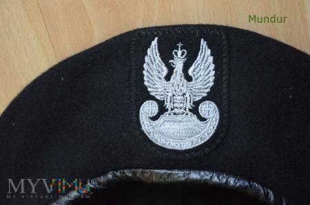 Beret czarny Wojsk Lądowych 418/MON
