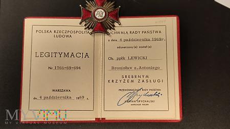Legitymacja i Srebrny Krzyż Zasługi - PRL