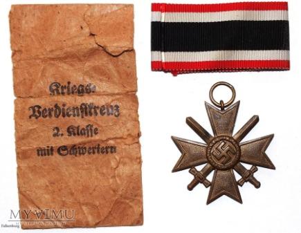 Krzyż zasługi 2 klasy z mieczami KVK
