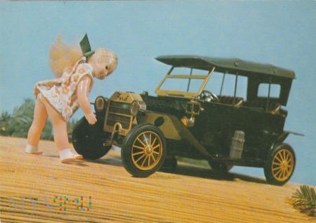 Lalka i samochód