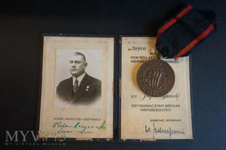 Legitymacja wraz z Medalem Niepodległości