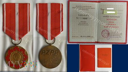Medal imienia Ludwika Waryńskiego.