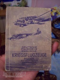 książka o samolotach stosowanych w róznych armiach