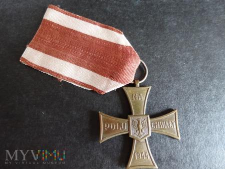 Duże zdjęcie Krzyż Walecznych - Caritas - L6.