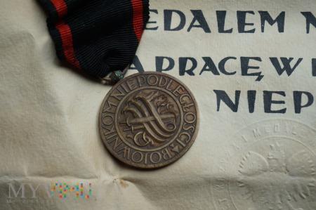 Odnaleziony Medal Niepodległości - wyk. Gontarczyk