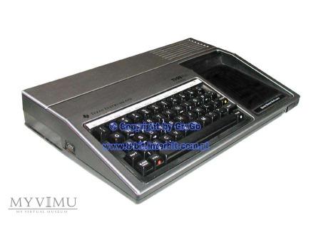 Texas Instruments TI99/4a (srebrny)