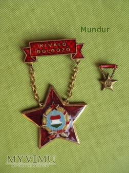 Odznaki węgierskie Kiváló dolgozó