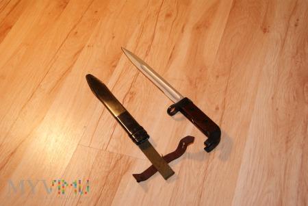 Bagnet radziecki AK-47 Iżewsk