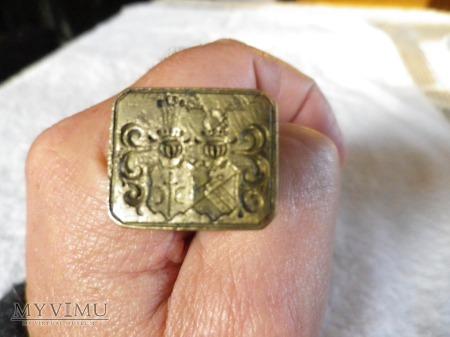 h.Ostoja-dwu herbowa pieczęć małżeńska mosiężna