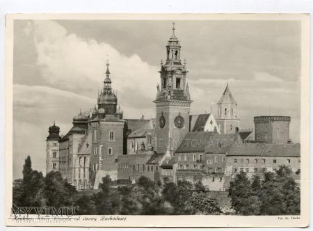 Kraków - Wawel od strony Wisły - lata 60-te XX w.