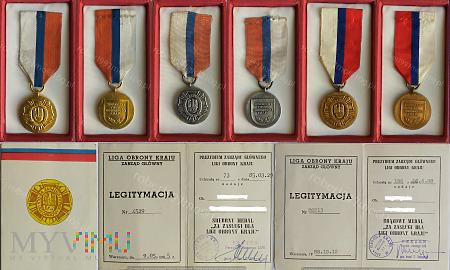 Medal Za Zasługi Dla Ligi Obrony Kraju.