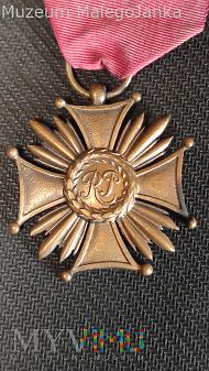 Duże zdjęcie Brązowy Krzyż Zasługi II RP z oryginalną wstążką