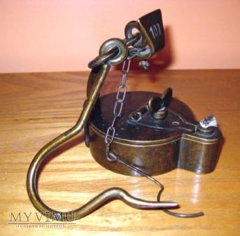 Gorniczy kaganek olejowy zabka