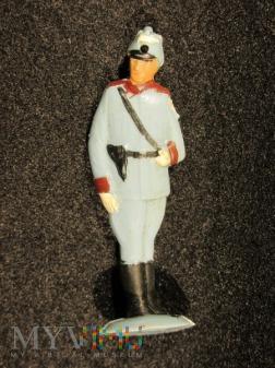 Żandarm w mundurze służbowym