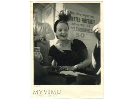 Marlene Dietrich fotografia lata 40-te zdjęcie