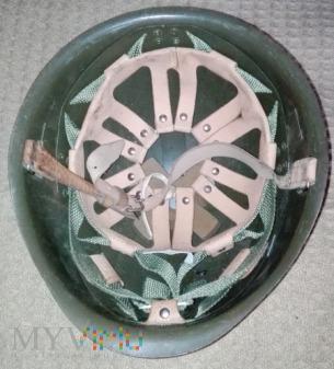 Hełm stalowy wz. 67/75 z orzełkiem w koronie