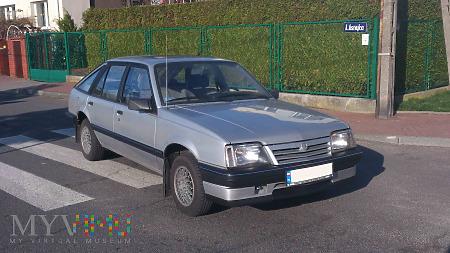 Duże zdjęcie Opel Ascona C