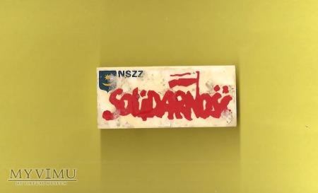 Solidarność - znaczek związkowy.