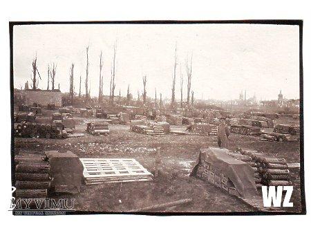1918. Skład