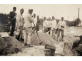 Żołnierze niemieccy przy pracy