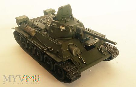 T-34-76 fabr. Krassnoe Sormowo