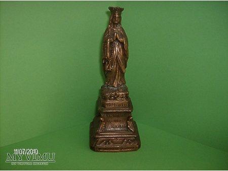 miedziana figurka Matki Boskiej