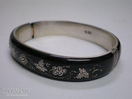 żałobna bransoleta