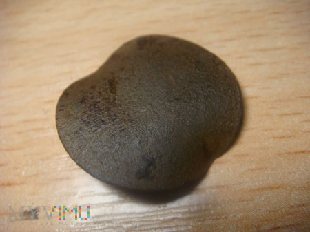 Duże zdjęcie Pruski guzik sygnowany Suum cuique