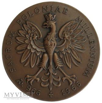 SACRUM POLONIAE MILLENNIUM medal 966-1966