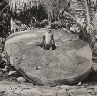 kamienne monety - stone coins Yap