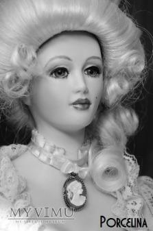 Lalka porcelanowa Vicki Lynn, Vickie Hamilton