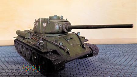T-34-85 D5T 1944 fabr. 112 w Gorkim