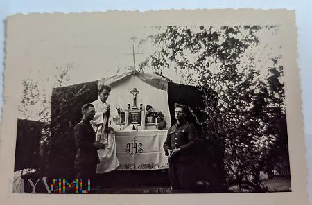 W.P. Ołtarz obozowy StalagVI J Krefeld-Fichtenhain